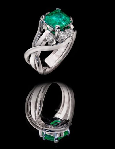 Bague Nature - Emeraude & Diamants